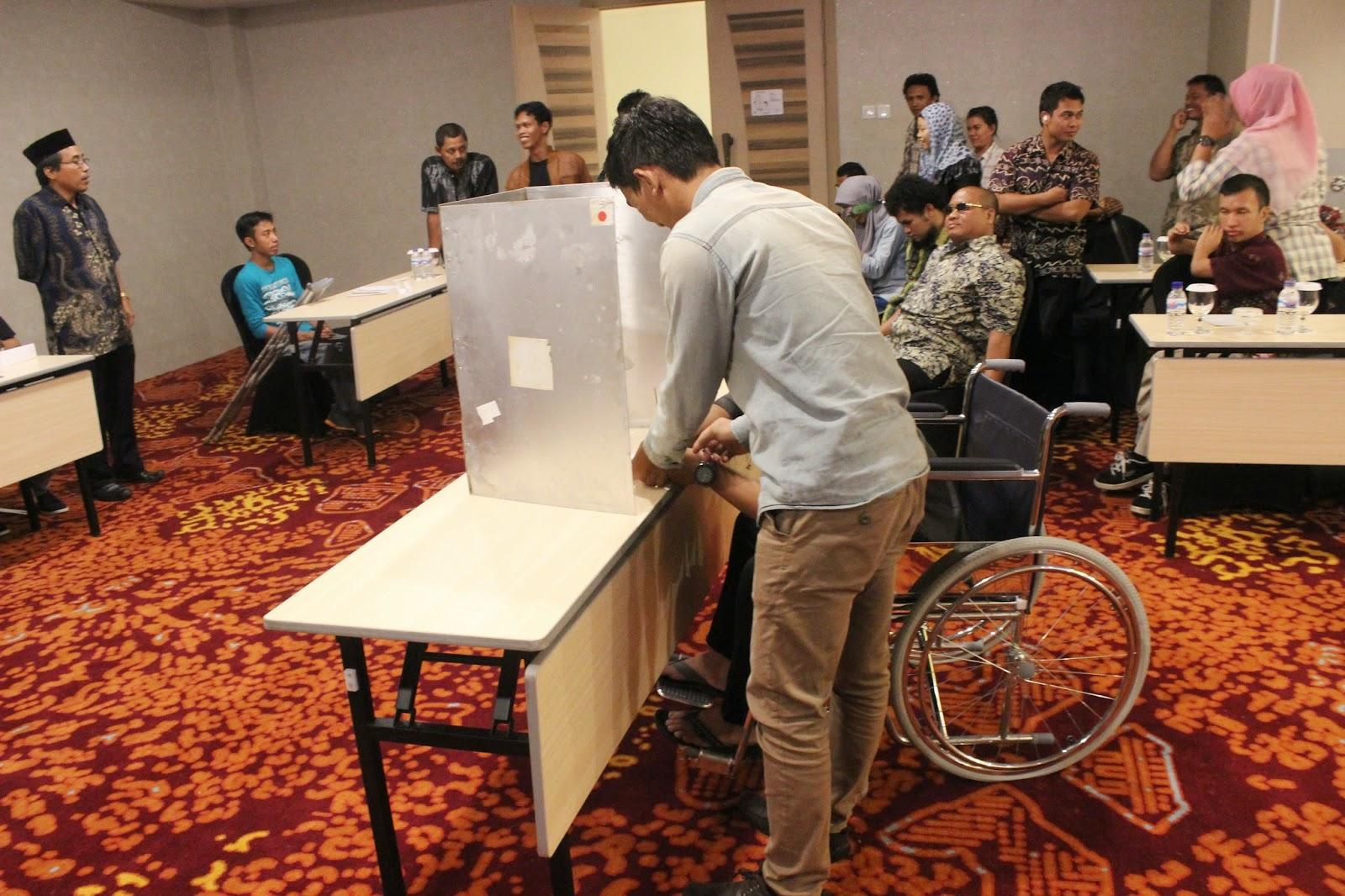 South Kalimantan Workshop Election Voting Simulation 27-28 June 2014