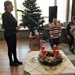 Ibolya Ildikó énekel a gyerekekkel