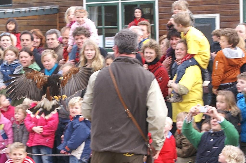 Opening Speeltuin en Roofvogelshow 17 maart 2007 - Nr_043