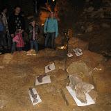 Kosterní pozůstatky v horním patře jeskyní