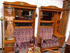 Два дивана в стиле Модерн. ок.1930 г. 5000 евро.