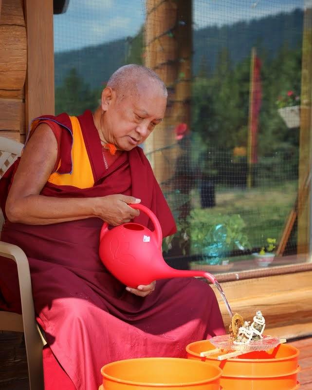 Lama Zopa Rinpoche doing Dzambhala practice, Buddha Amitabha Pure Land, Washington, US, August 2014. Photo by Ven. Roger Kunsang.