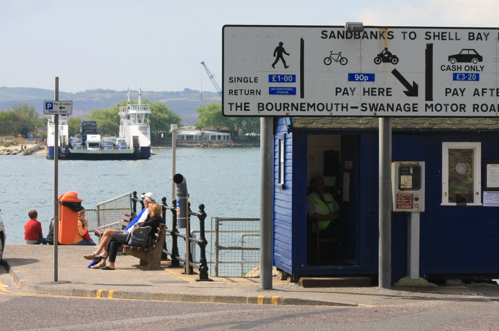 Chain-driven ferry to Swanage