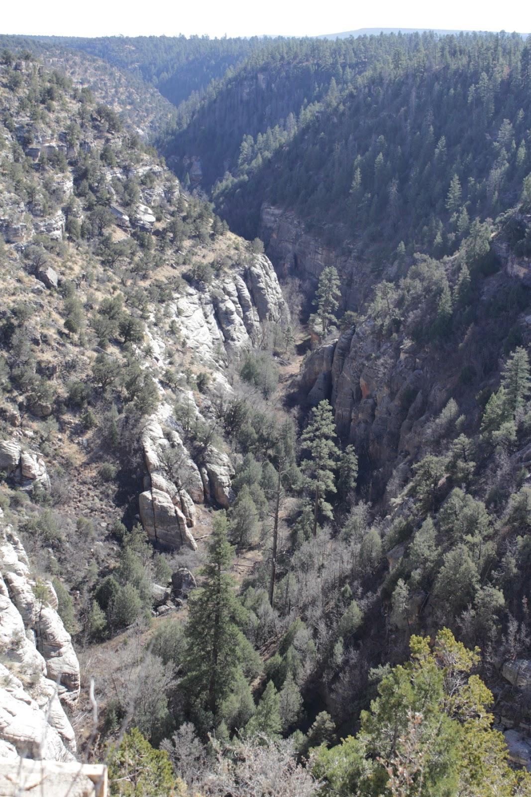 Walnut Canyon National Monument http://www.nps.gov/waca/index.htm