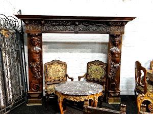 Антикварный портал для камина. 19-й век. Дерево, резьба. 249/80/195 см. 6500 евро.