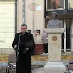 Myjavec Pál katolikus plébános megáldotta Mátyás király szobrát