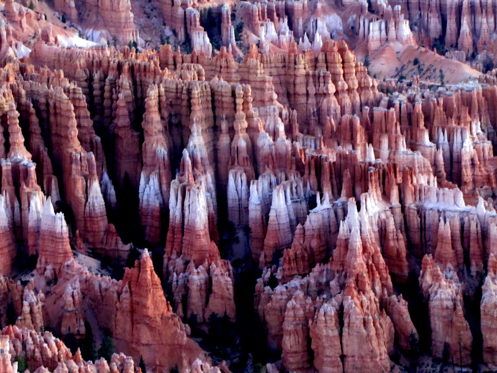 Bryce Canyon at 6:32 am, before the Sunrise