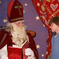 Sinter Klaas in de speeltuin 28-11-2009 - PICT6827