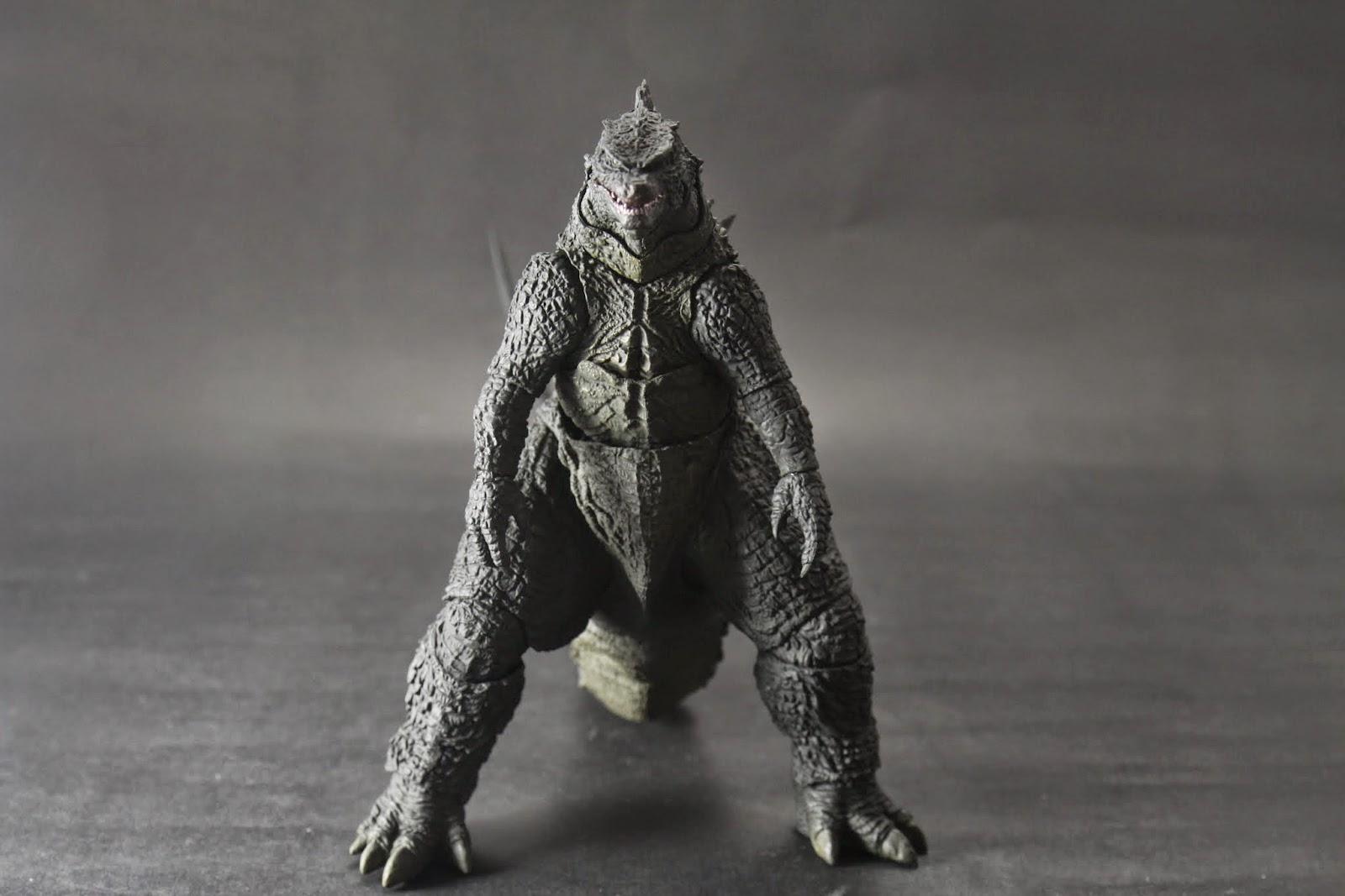 比原版多了生物感 但印象中的粗壯大腿則是節制了許多