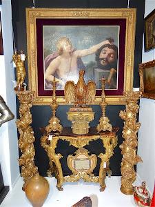 Пара антикварных колонн из дерева. 17-й век. Резба, позолота. 150 см. 7500 евро.