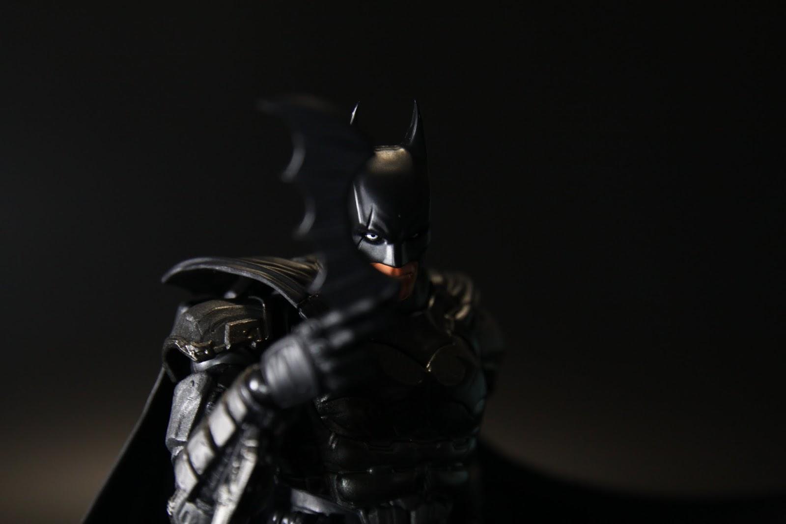 既然是蝙蝠俠那當然要有這個動作