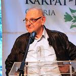 Bartusz György felvidéki képzőművész, a Magyar Művészeti Akadémia rendes tagja, kiállításának megnyitó rendezvényén