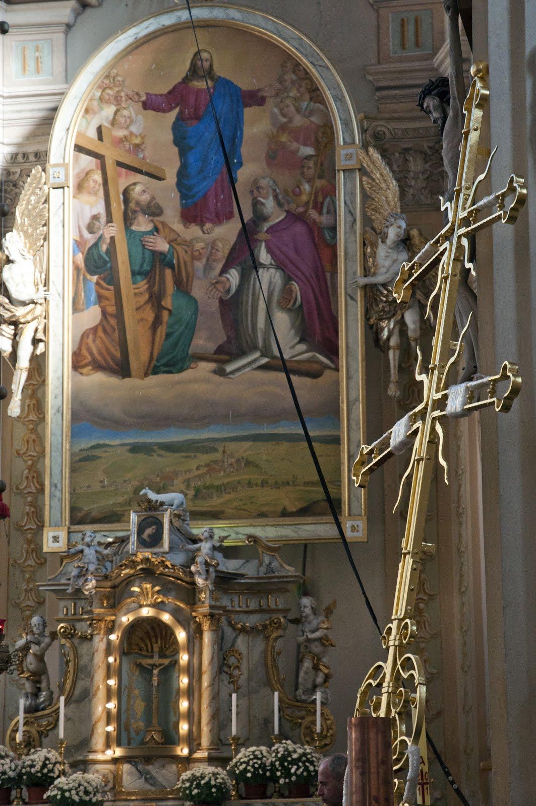 Svěcení kříže v kostele sv. Fi...