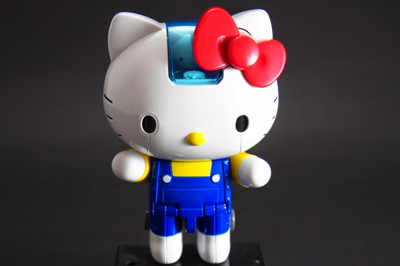 Kitty坐進Kitty號了!