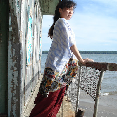 Он ушел в море - а она ждет на берегу! Рыбачья романтика.