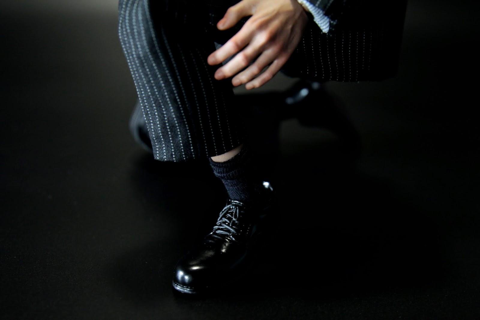 襪子也做得很細,不過仍然沒有腳掌~直接是皮鞋