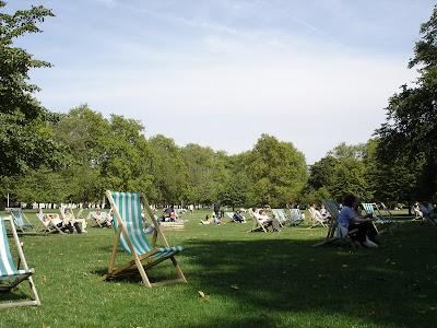 Relaxing in Hyde Park for lunch