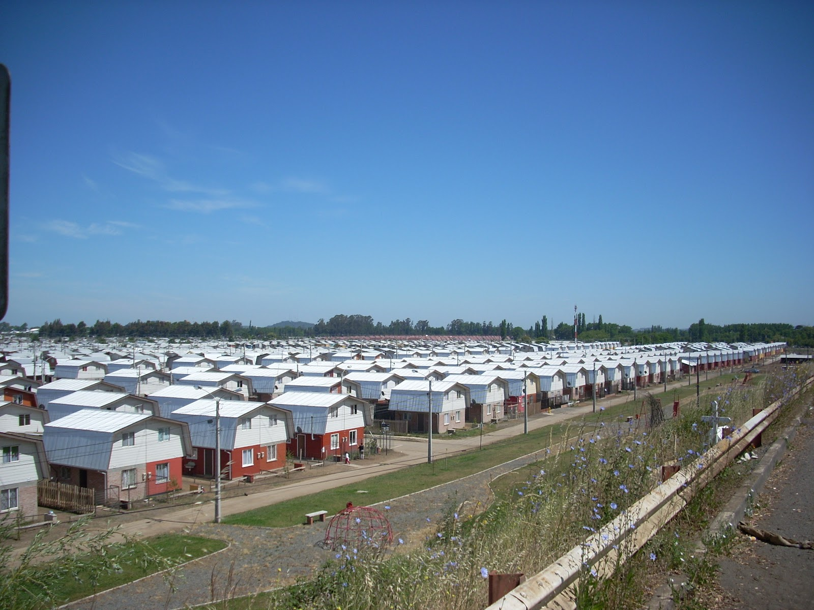 I'm not sure what I expected of Chilean housing, but I don't think it was rows and rows of identical duplexes.