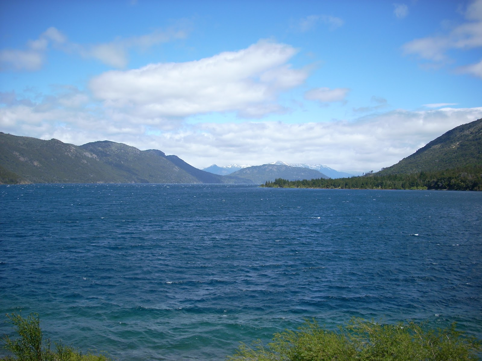 Clear(ish) skies again, on the road to Bariloche
