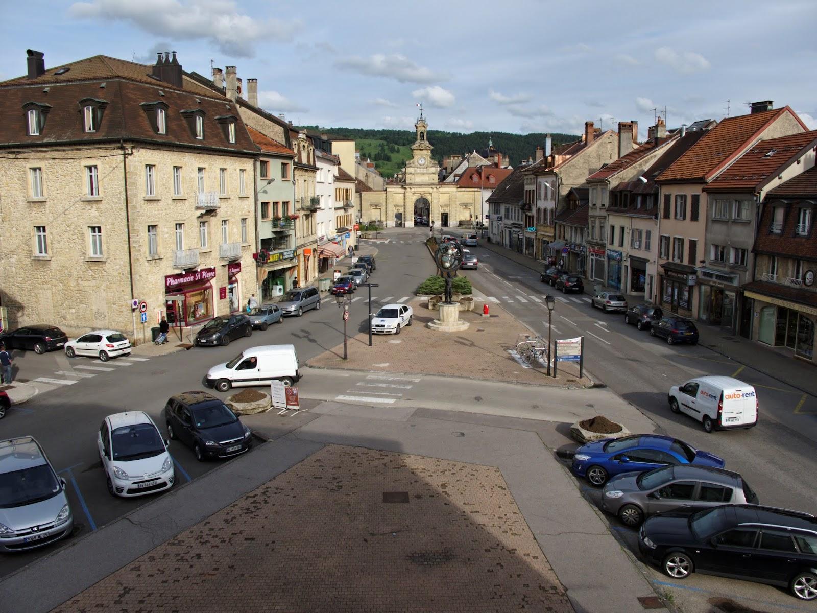 Pontarlier Place St Pierre