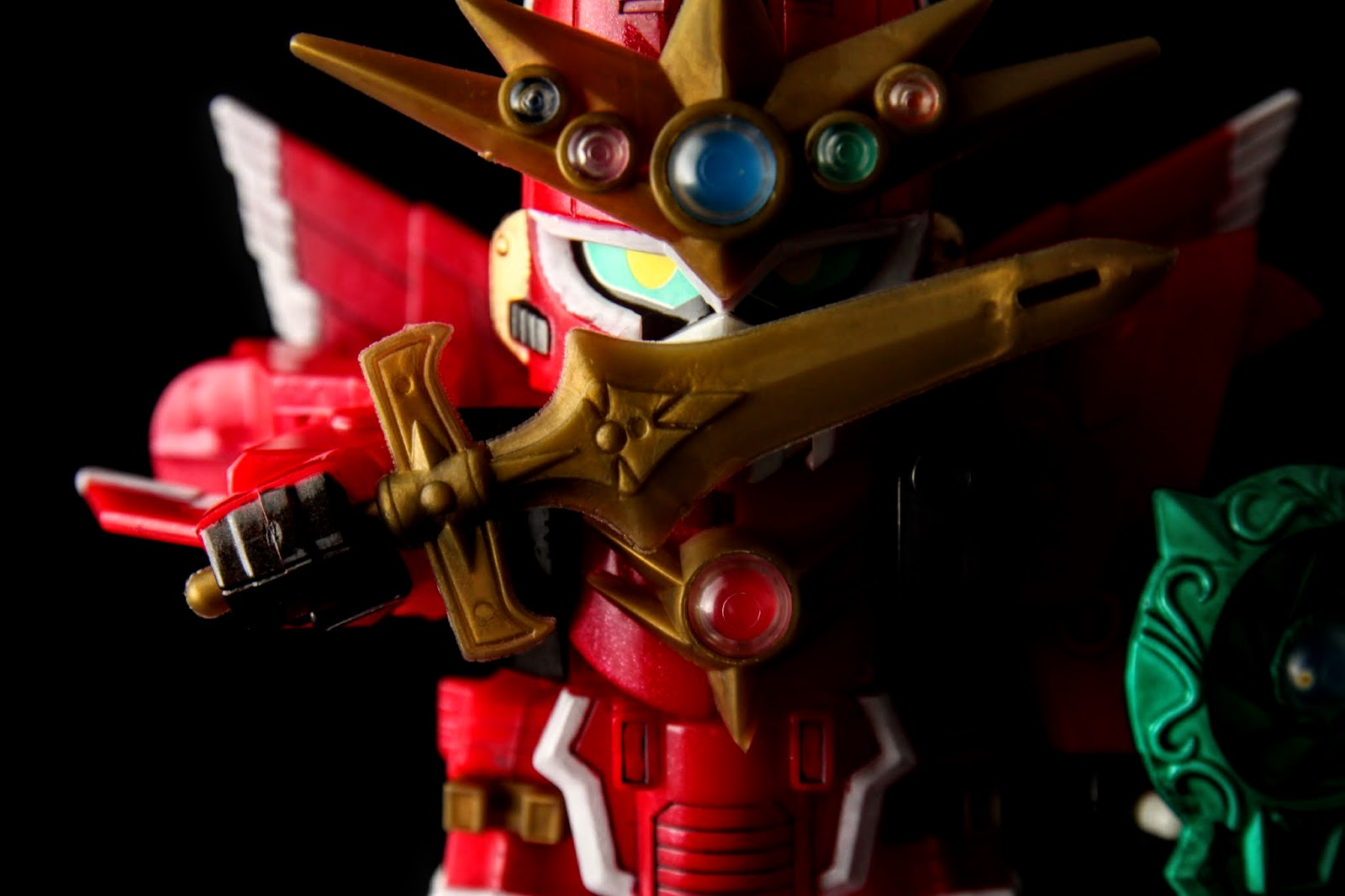 赤燐光剣;材質是軟膠,所以不太能上色