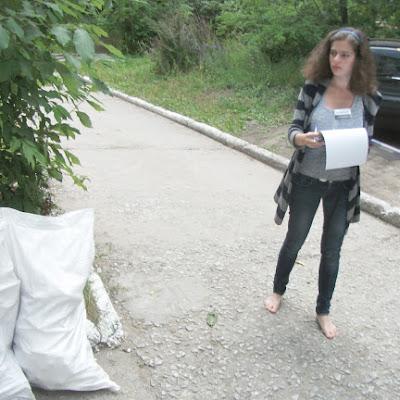 Невывезенный строительный мусор - грубое нарушение.