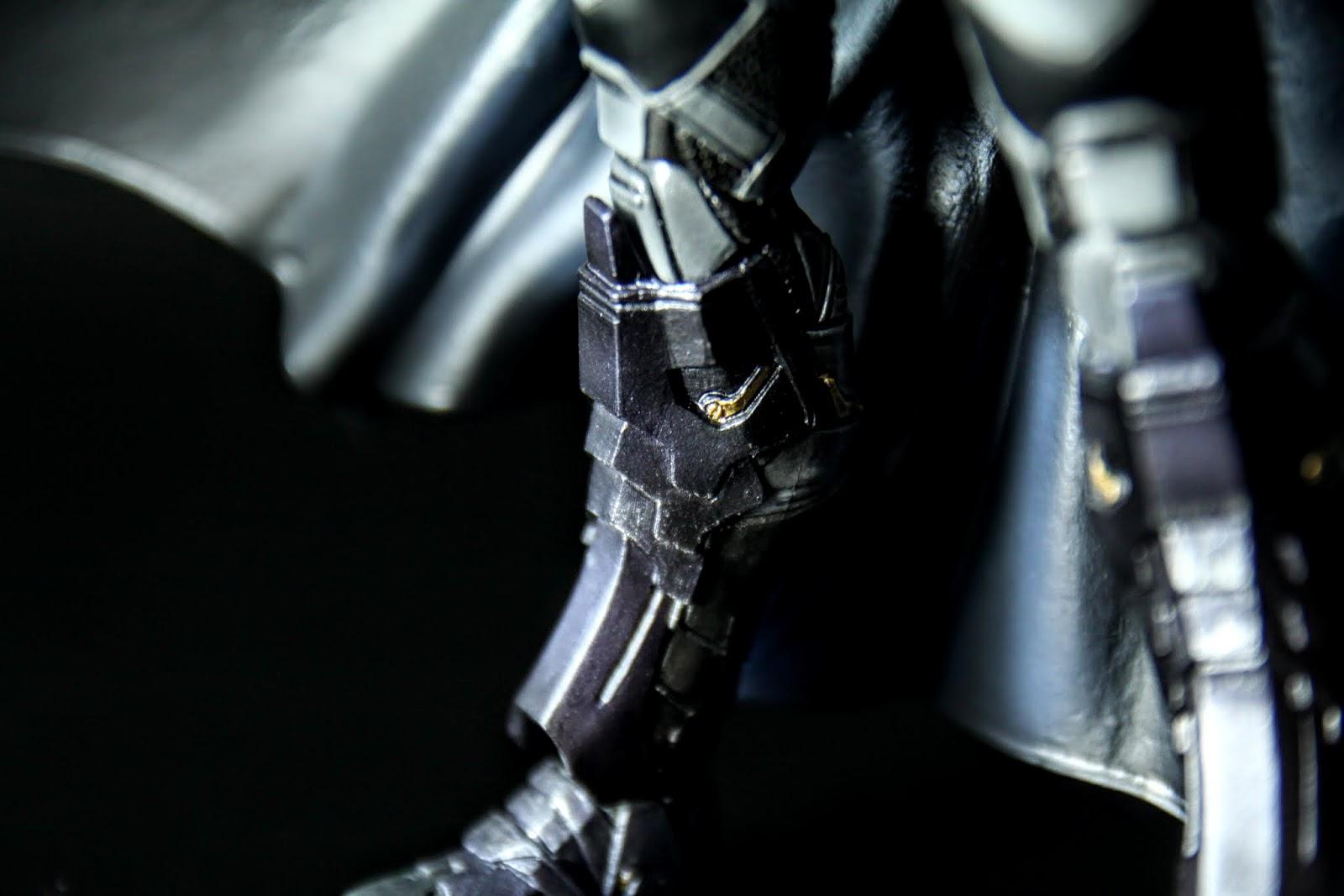 腳的裝甲也很仔細, 內層的金屬片也塗裝的算OK, 溢色一點點