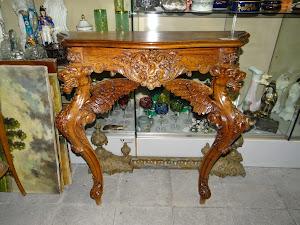 Антикварная консоль 19-й век. 90/35/87 см. 2500 евро.
