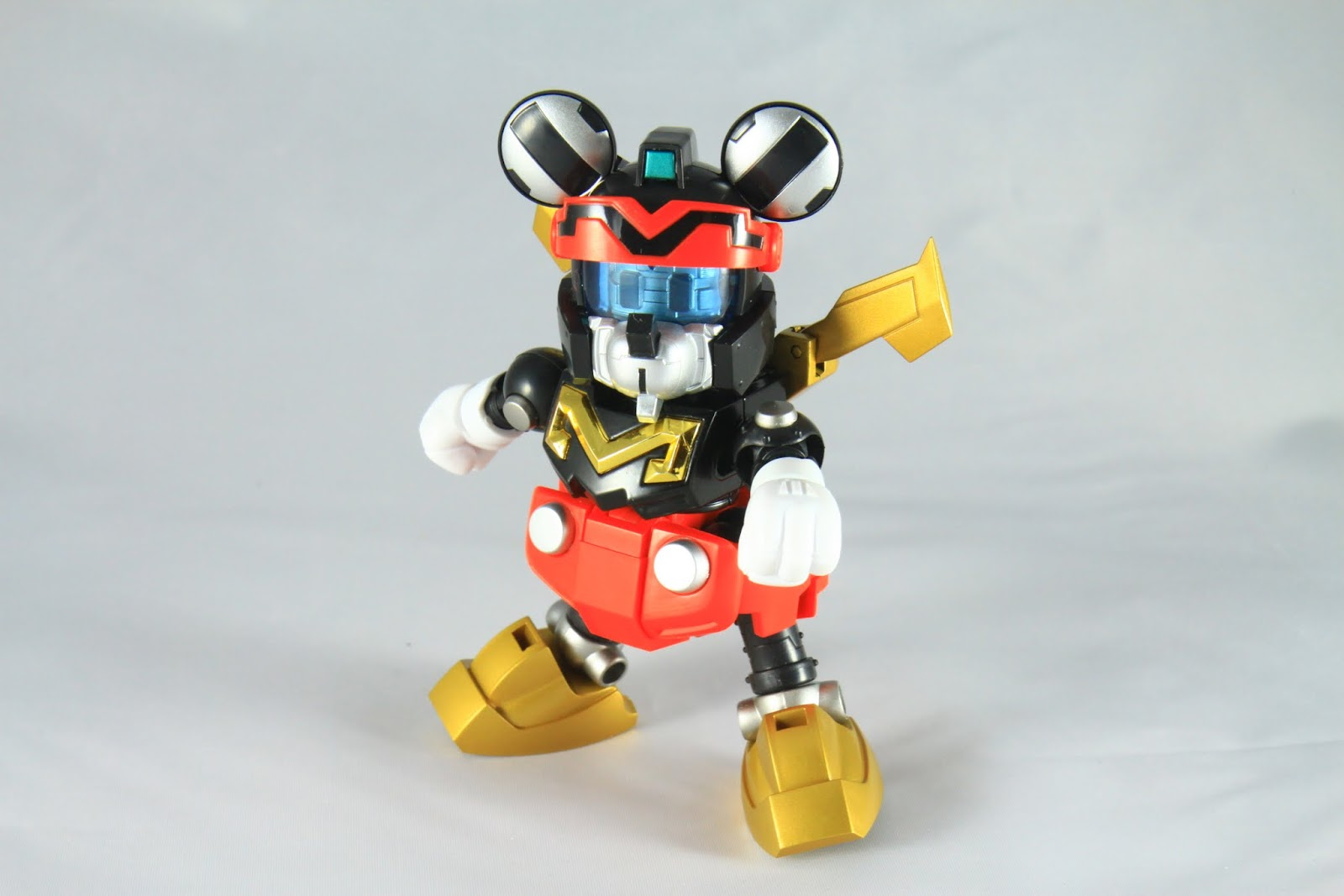 可動性就這樣而已 Jet Mickey還算是可動性高的咧~