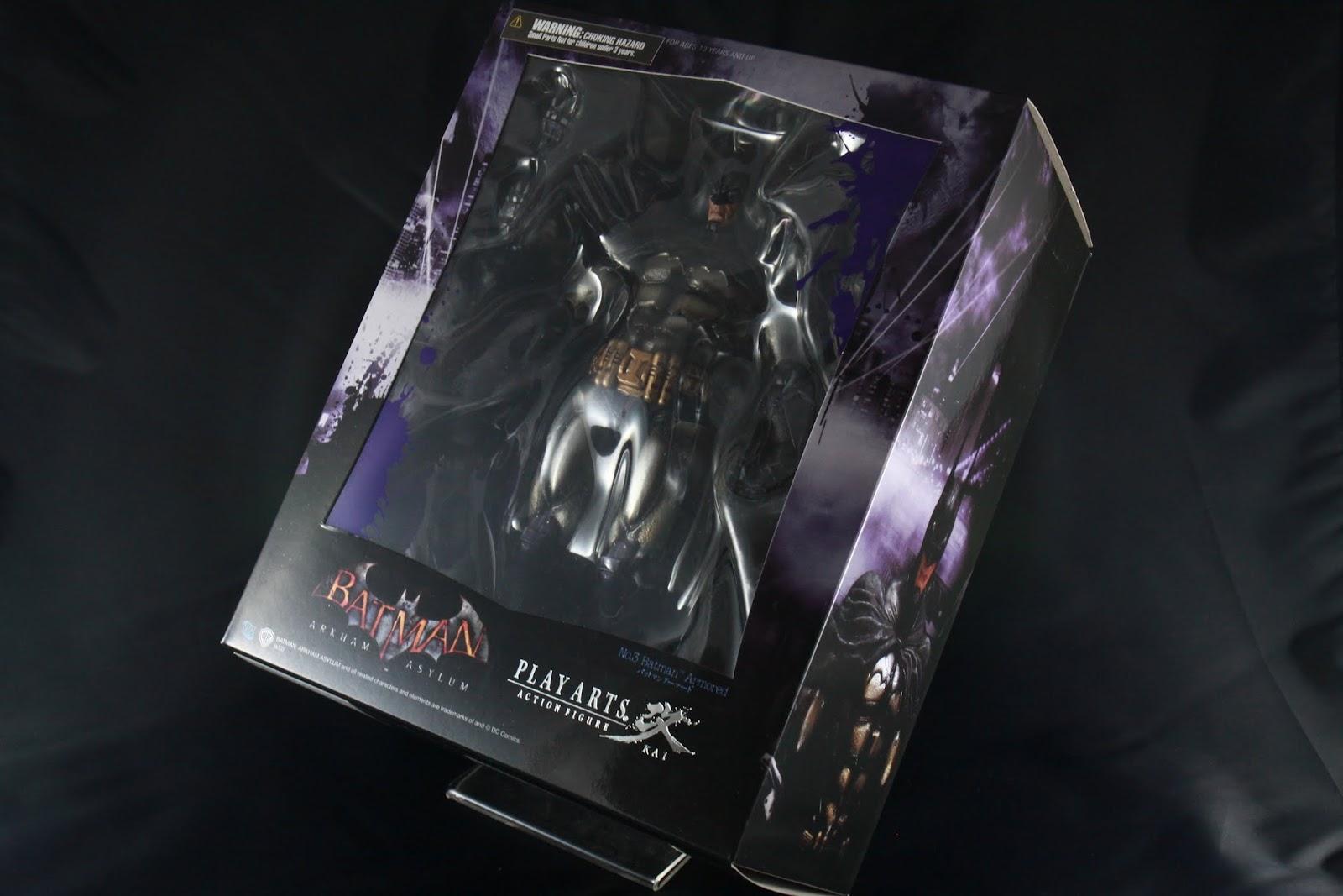 跟第四彈的Harley Quinn一樣是紫色風格的外盒