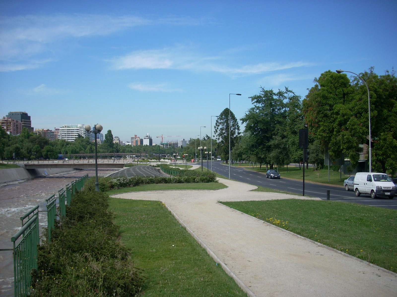 A park like this ran along much of the river running through the city, with paths well suited to bikes, and many Chilenos out on their bikes using them