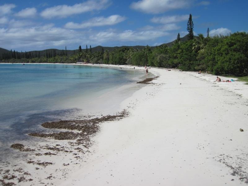 Kuto Bay beach again
