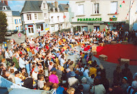 Inauguration, Ambiance 01, foule, Cossé 2002