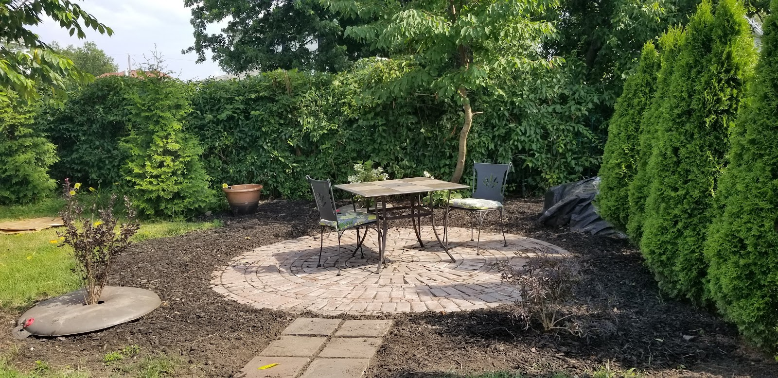 New circular brick patio is finished! July 7 2019