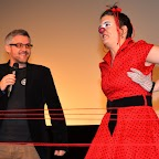FIL ROUGE_16_Le municipal ste-crix Cédric Roten en compagnie de la clownesse espiègle Marlo.JPG