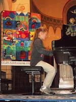 Concert péda - Fille au piano 2