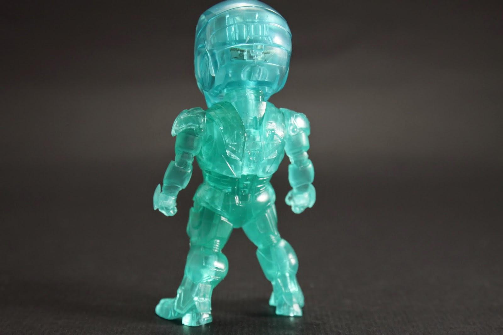 一樣跟第一彈出的MK VI沒差別 只差在變成透明藍