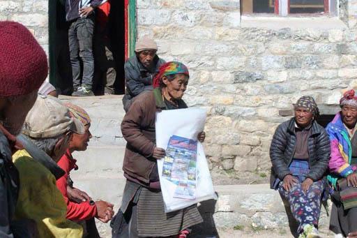 Distribution of emergency supplies at Thame, Solu Kumbu, Nepal, May 2015
