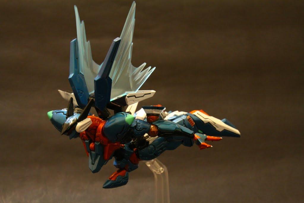 遊戲中高速or長途飛行就會呈現這種姿勢