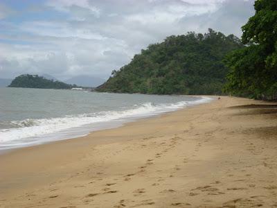 Trinity Beach north of Cairns