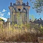 Mosteiro. Degradação do monumento salta à vista