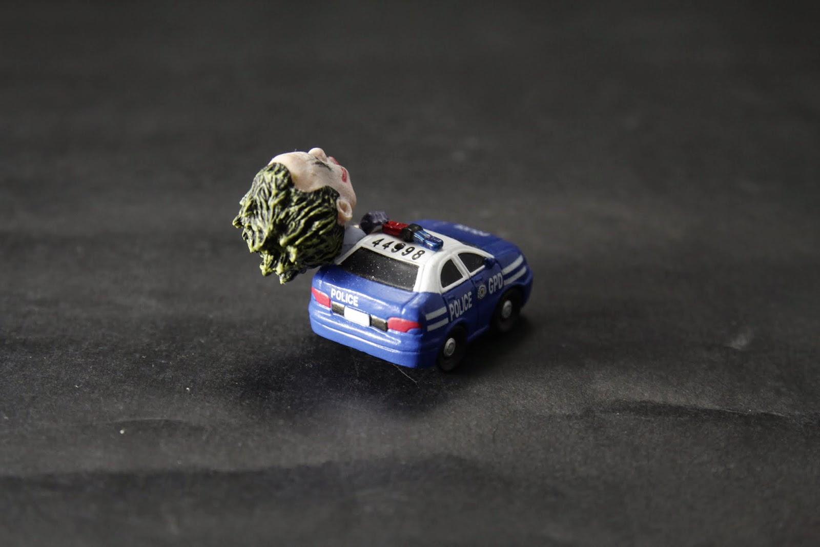 警車做的很細緻