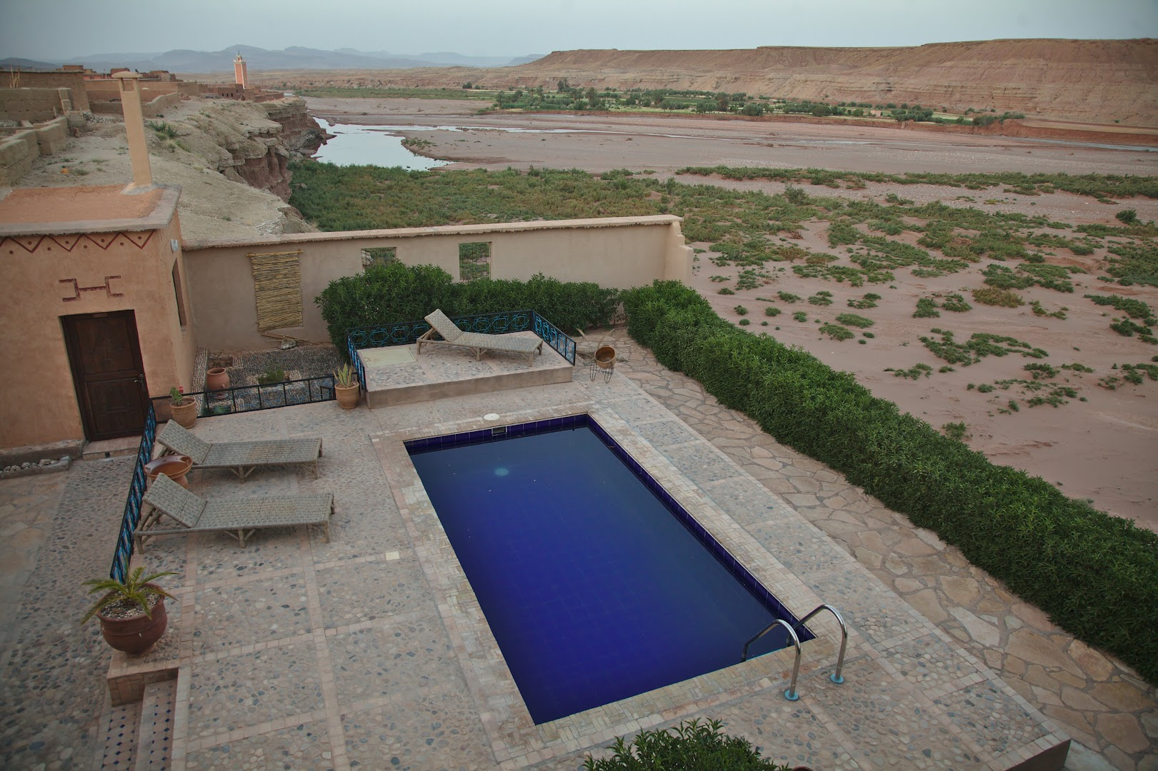 Pool and wine in desert - luxury stuff!