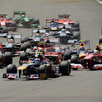 Daniel Ricciardo is front of the pack