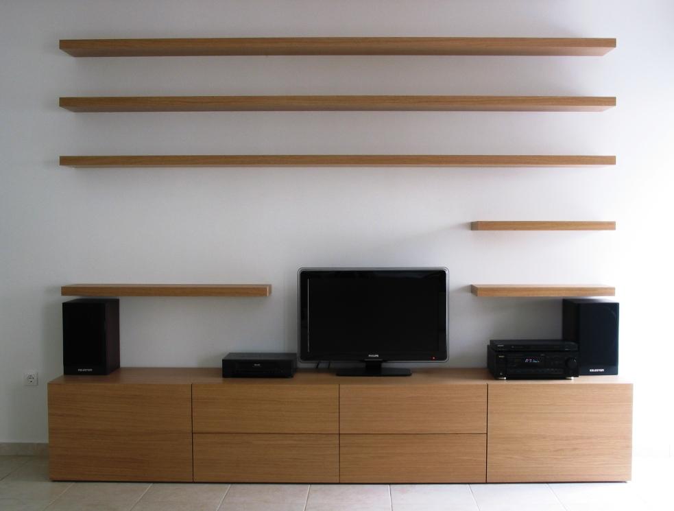 (Κωδ: 1004) Έπιπλο από δρυς με ειδική στερέωση στον τοίχο για αντοχή στο βάρος και 6 συρτάρια για εύκολη χρήση.