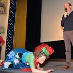 FIL ROUGE_13_Tito Haarpainter (Directeur de l'association Fil Rouge) et Filiberte la clownesse ventouse vaporeuse.JPG