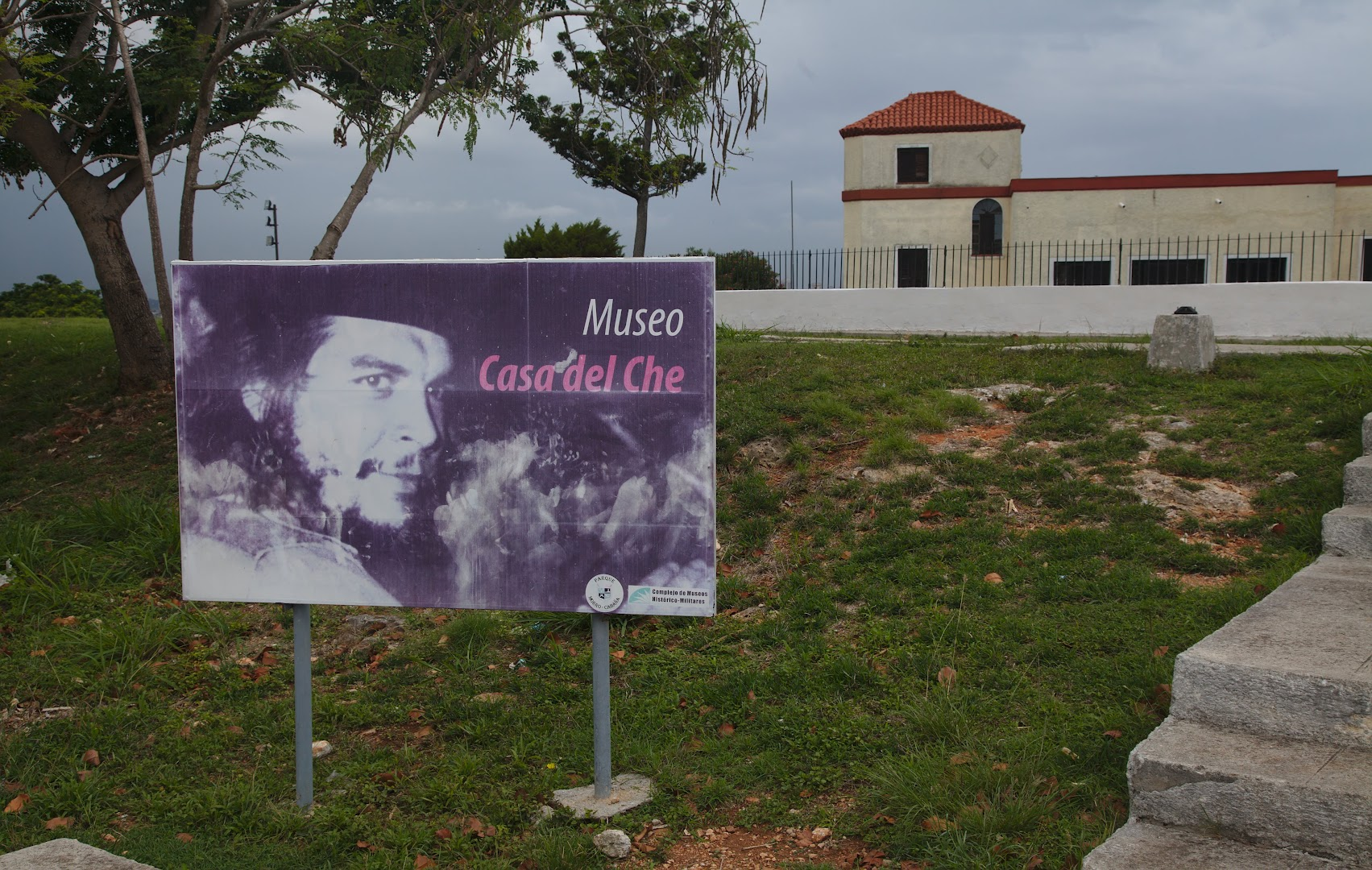Che had a nice casa with a view of Havana during his years as a minister
