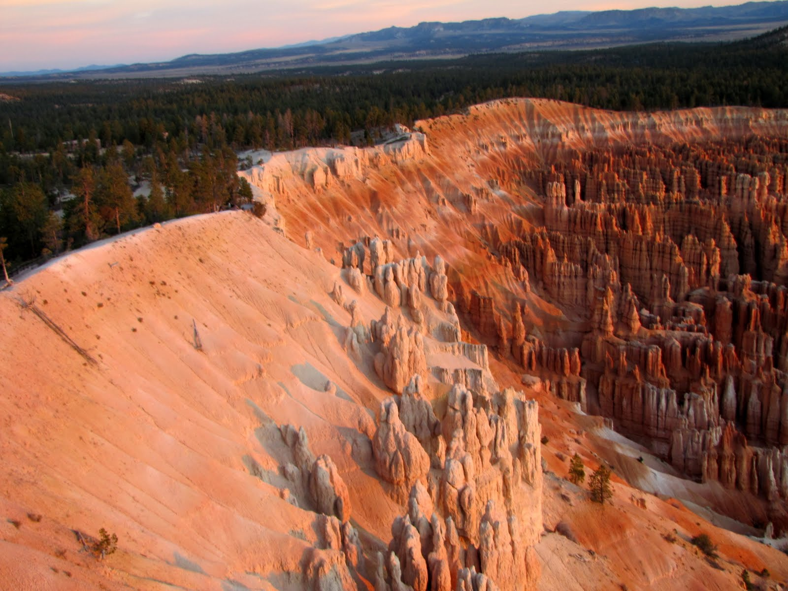 Bryce Canyon at 6:42am, the Sunrise
