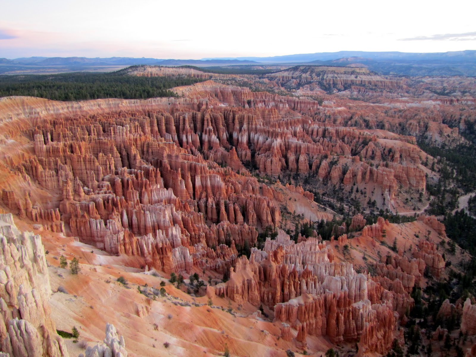 Bryce Canyon at 6:30 am, before the Sunrise