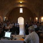 A komáromi vár Lőporos elnevezésű termében tartották a konferenciát